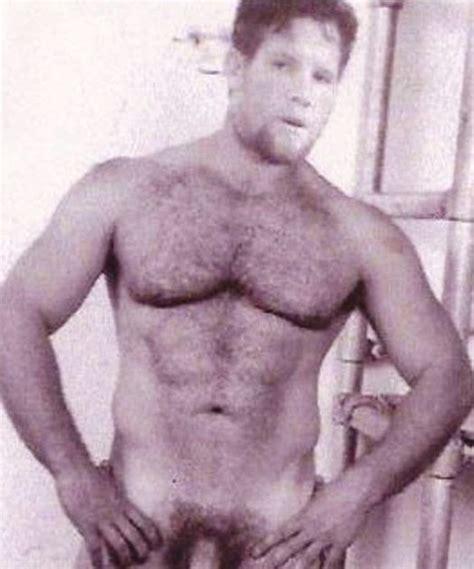Brett favres naked penis pictures youtube jpg 524x630